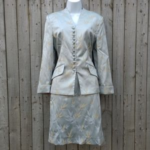 Vintage Asian inspired George Simonton size 8 suit